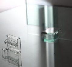 Glass artist 言上真舟 / Clear silence, floating senses